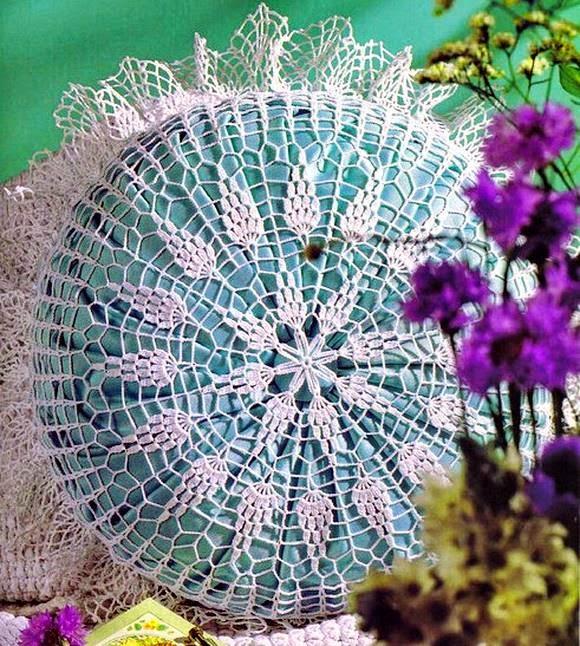 Beautiful Pillow Cover Crochet Pattern