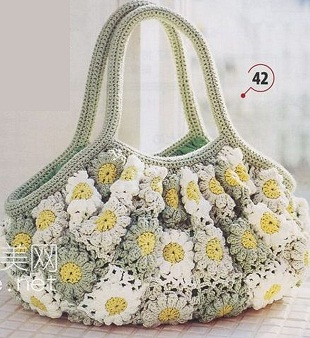Square and Daisies Crochet Bag Pattern