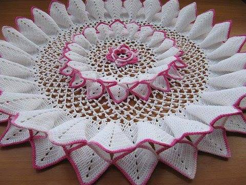 beautiful crochet doily pattern