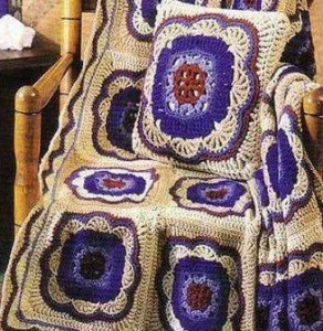 crochet-pillow-and-blanket