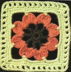 crochet-square-iwth-flower