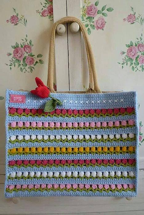 Flower Row Crochet Bag ? Crochet Kingdom