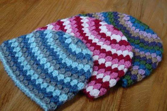 Crochet Granny Square Hat Pattern Free : Granny Stitch Hat Pattern ? Crochet Kingdom