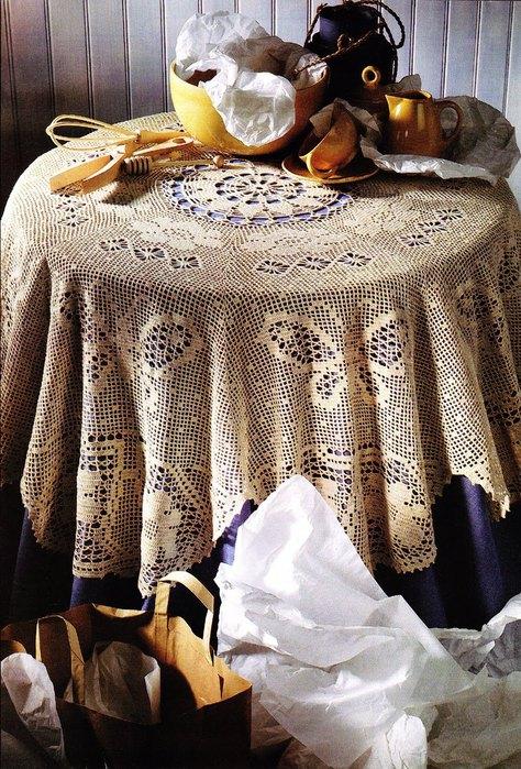 Pretty Crochet Tablecloth with Butterflies