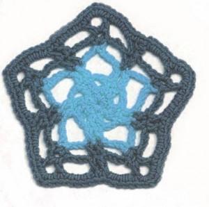 crochet-pentagon
