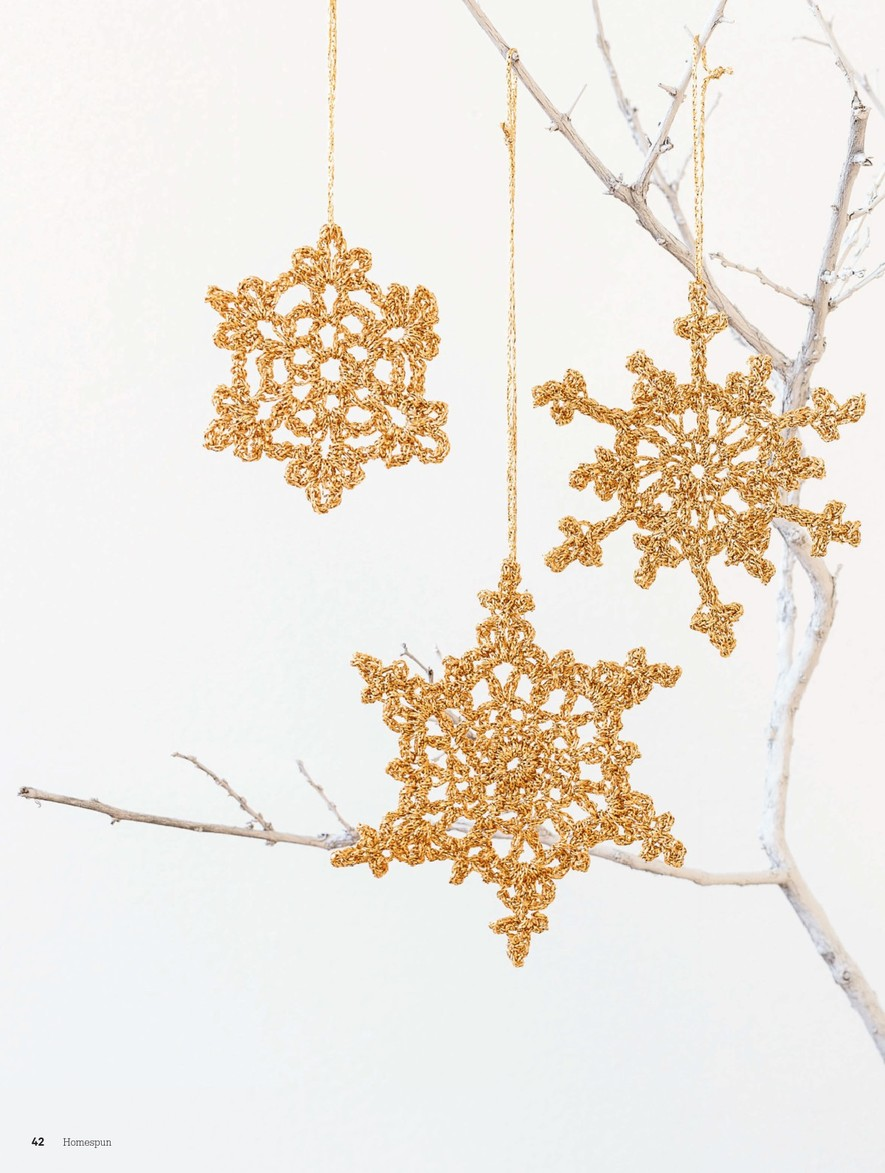 Gold Snowflake Crochet Christmas Ornament ⋆ Crochet Kingdom