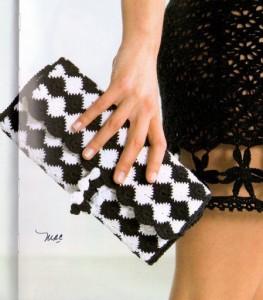 sundial crochet clutch