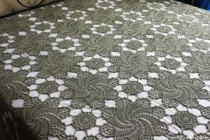 swirls crochet bedspread blanket pattern detail