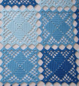 Blue Lace Crochet Squares Bedspread ⋆ Crochet Kingdom