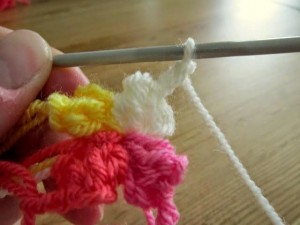 Spiral Bobble Crochet Stitch Tutorial 10