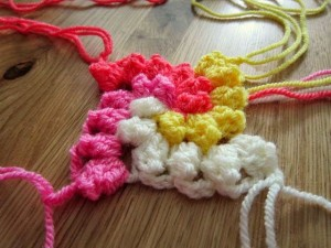 Spiral Bobble Crochet Stitch Tutorial 17