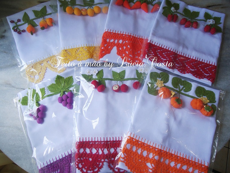 Unique Tablecloth And Napkin Crochet Patterns With Fruit And