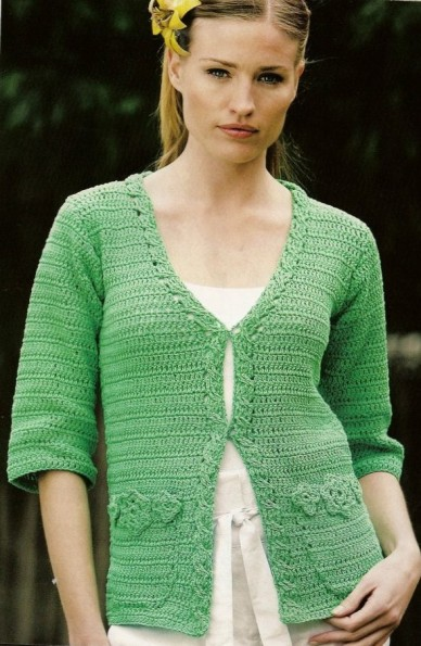 gcroceht cardigan with flwoery pockets