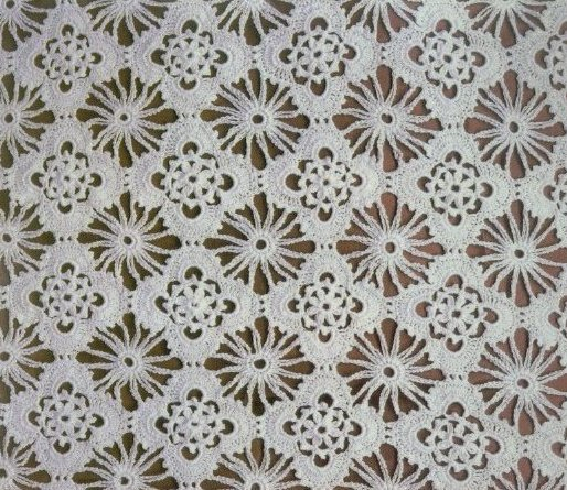 Openwork Veil Lace Crochet Bedspread pattern 2
