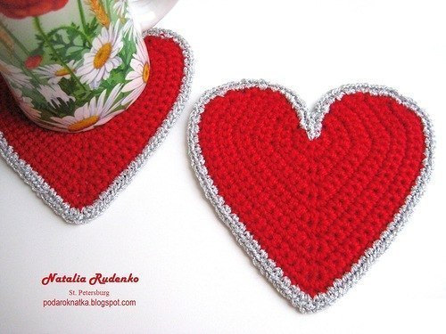 free crochet heart shaped coasters 1
