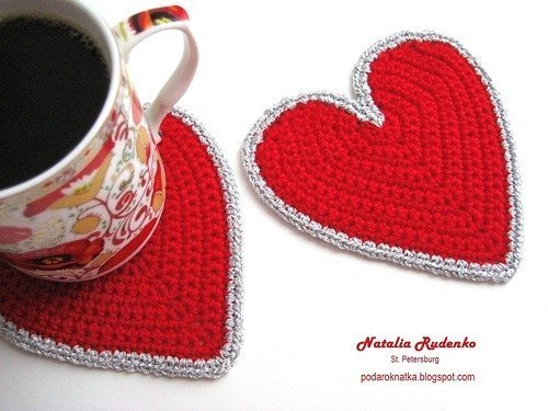 free crochet heart shaped coasters