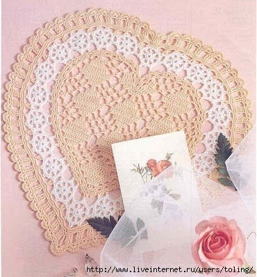 Heart doily free crochet pattern