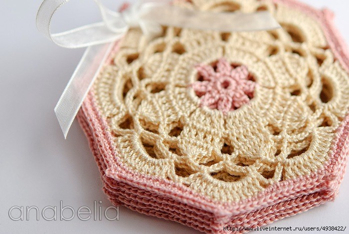 octagon - crochet coaster pattern 2