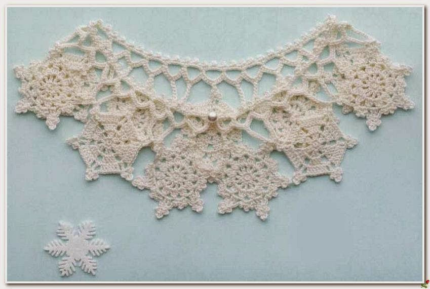 Crochet collar with snowflake motif