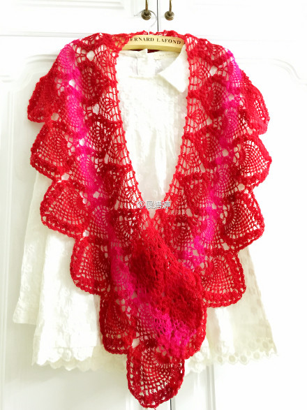 ombre pineapple shawl crochet 2