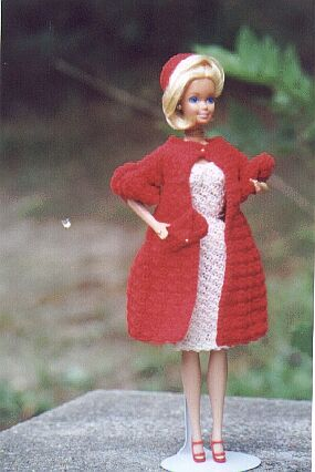 70s Coat Hat Ensemble For Barbie Free Crochet Clothes Pattern
