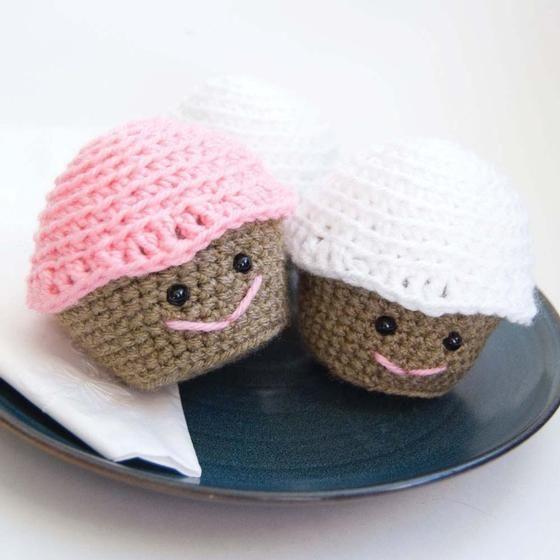 Amigurumi Crochet Needle Size : Amigurumi Crochet Cupcake ? Crochet Kingdom