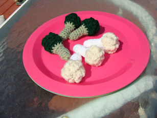 Broccoli and Cauliflower Crochet Pattern