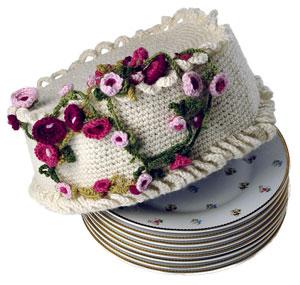 Buttercream Free Crochet Cake Pattern 1
