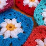Daisy Granny Square pattern free crochet