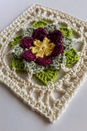 Fhool Crochet Square