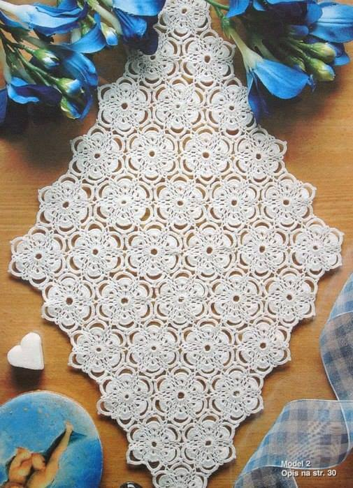 Floral Diamond Table Runner
