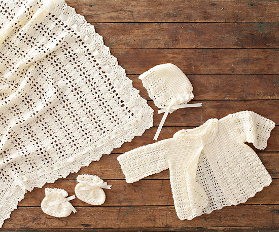 4af56d1bb Lacy Crocheted Baby Outfit ⋆ Crochet Kingdom