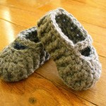Newborn Mary Janes Free Crochet Pattern