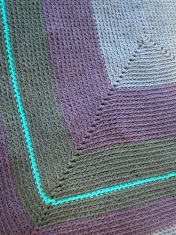 Free Crochet Rectangle Rug Pattern : Quadra Rectangular Free Crochet Rug Pattern ? Crochet Kingdom