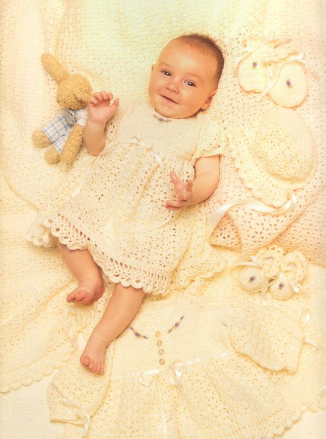 Complete Lace Crochet Baby Layette Pattern ⋆ Crochet Kingdom