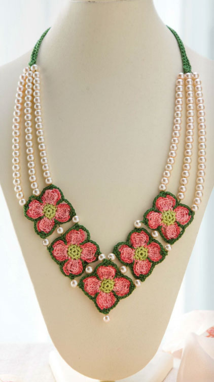 pink-dogwood-crochet-necklace-pattern ? Crochet Kingdom