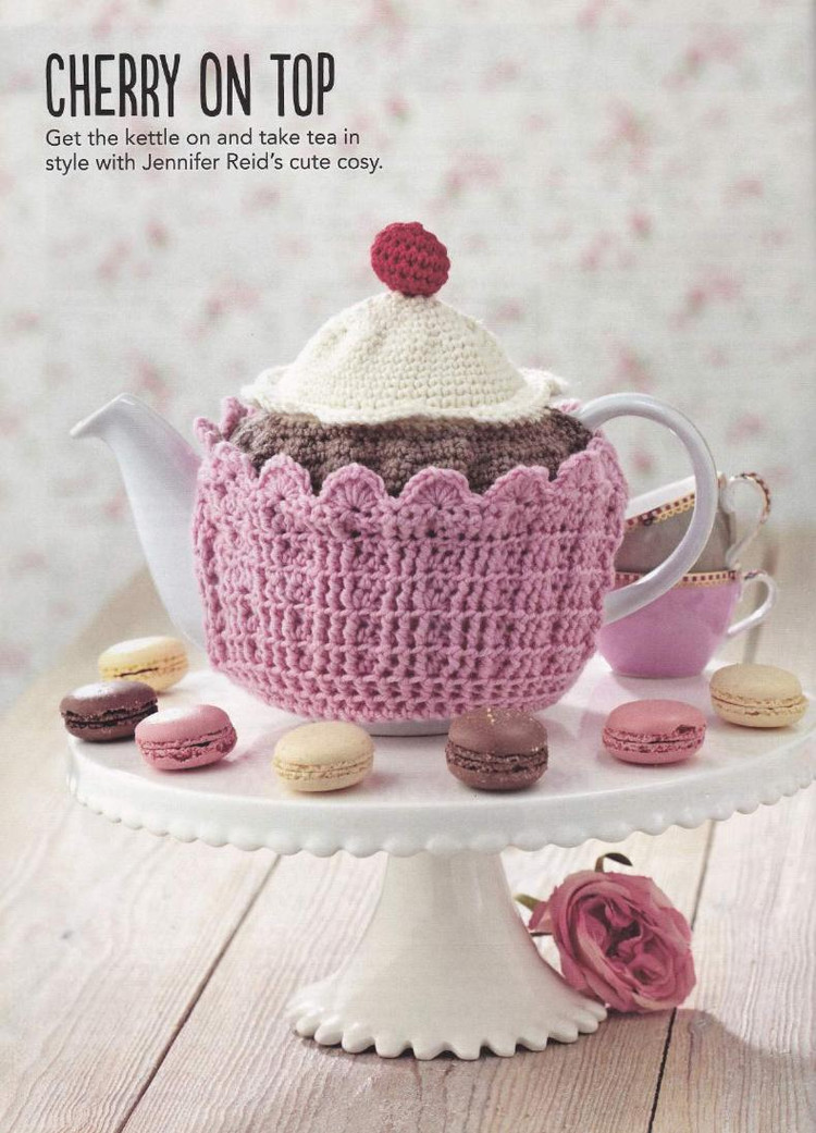 Cupcake Teacosy with a Cherry on Top Crochet Pattern ⋆ Crochet Kingdom