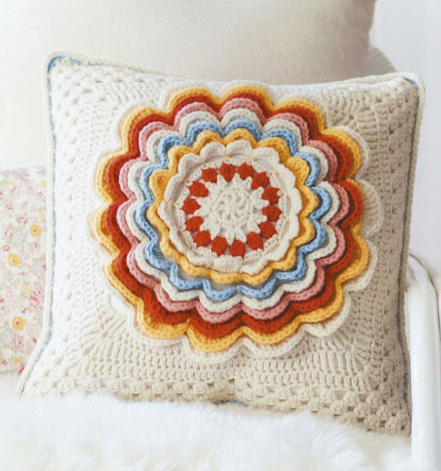 Petal-Pillow-Vintage-Crochet-Style