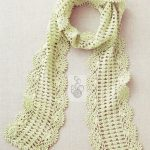 Crochet scarf pattern with shell border