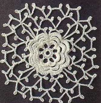 lace square with flower