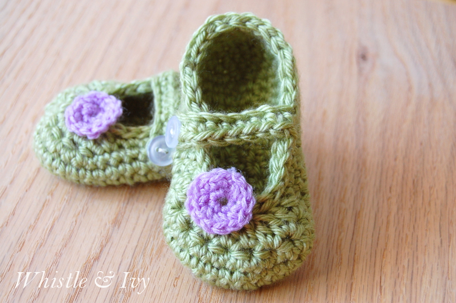 Little Dot Mary Janes Free Baby Crochet Pattern ⋆ Crochet Kingdom