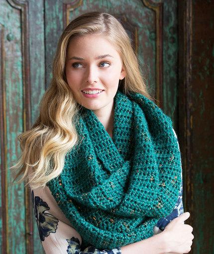 Oversized Glam Cowl Free Crochet Pattern