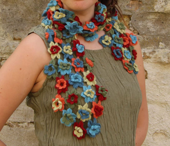 Crochet flower scarf ? Crochet Kingdom