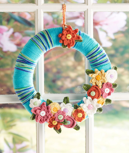 April Flowers Wreath Free Crochet Pattern