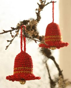 crochet-christmas-bell-ornament-pattern