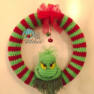 Grinch Wreath free crochet pattern