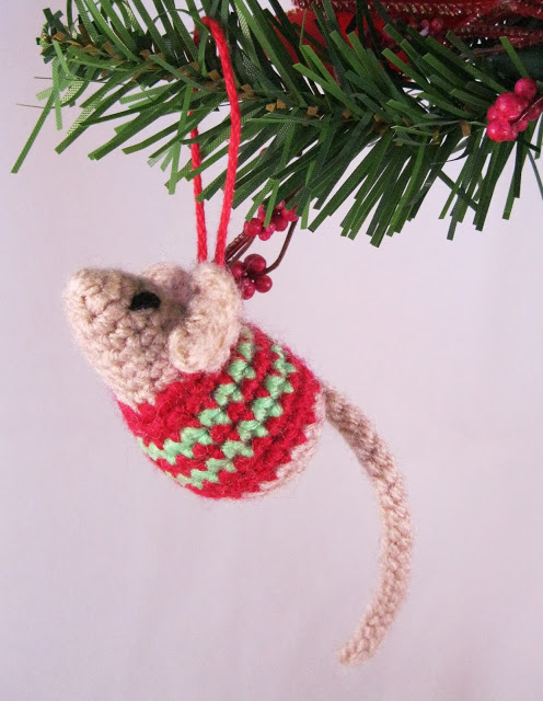 Little Christmas Mouse Free Pattern To Crochet ⋆ Crochet