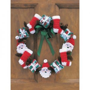 merry-christmas-wreath-free-crochet-pattern