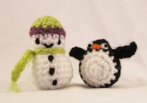 mini-snowman-free-pattern-crochet