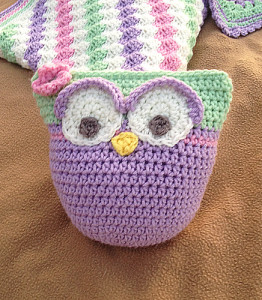 owl-stuffie-with-upcycled-rattle-pictorial-free-crochet-pattern